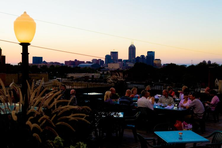 Rooftop dinning at The Fountain Square Theatre Building in Indiana